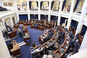 Poll: Business recovery top issue for local leaders heading into legislative session article image